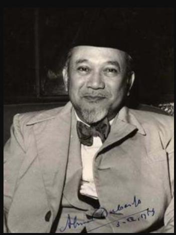 Mr. Achmad Soebarjo (Anggota)
